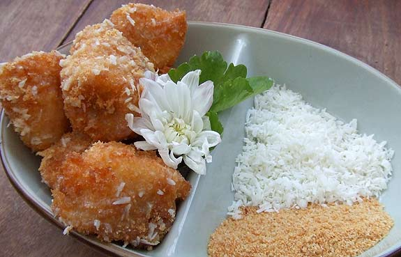 Taiwanese style crispy fried banana