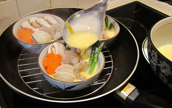 Savoury steamed egg cooking