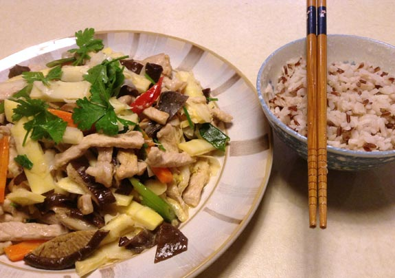 Stir fried bamboo with sliced pork
