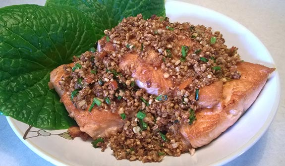 Salmon with crispy soyabean - ready to eat